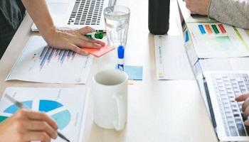 Как анализировать отчеты и данные в Shopify
