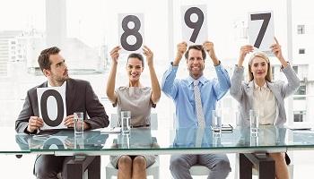 Как эффективно проводить опросы клиентов?
